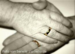 Vertrauen by berwis  / pixelio.de