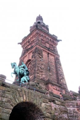 Kyffhäuser Denkmal - Foto by Joerg Esser